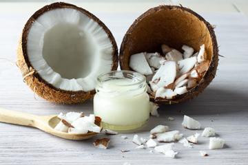 Кокосовое масло: польза или недоразумение?